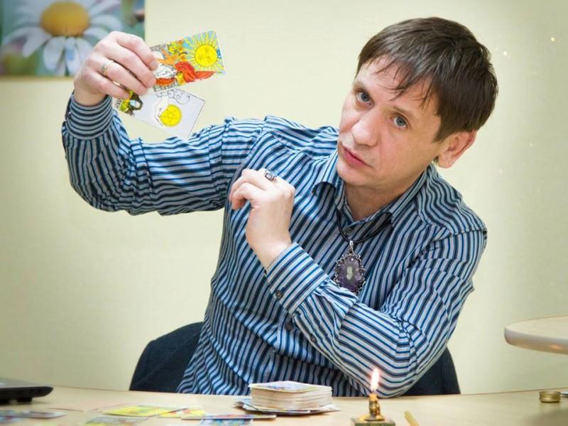 Эзотерик Вениамин Никора составил гороскопы кандидатам в нардепы по николаевским округам