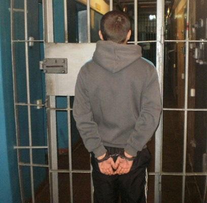 Возраст преступников помолодел – в Заводском районе прохожих грабили 14-15-летние