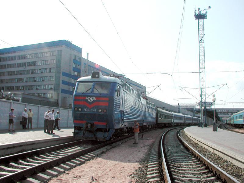 Осенние школьные каникулы «назначили» дополнительный поезд Николаев-Киев