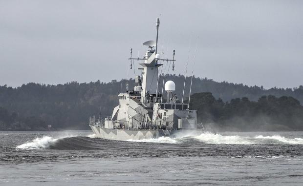 Швеция ищет русскую подводную лодку, мир ждет развязки