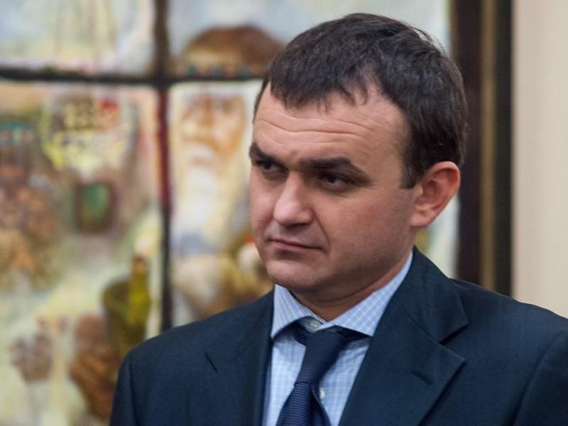 Ну, если губернатор расписывается в бессилии…Мериков пожаловался на «генералов песчаных карьеров»