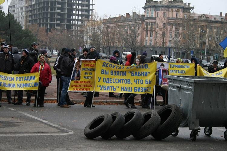 Юрий Гранатуров пообещал пересмотреть на следующей неделе стоимость  проезда в маршрутках