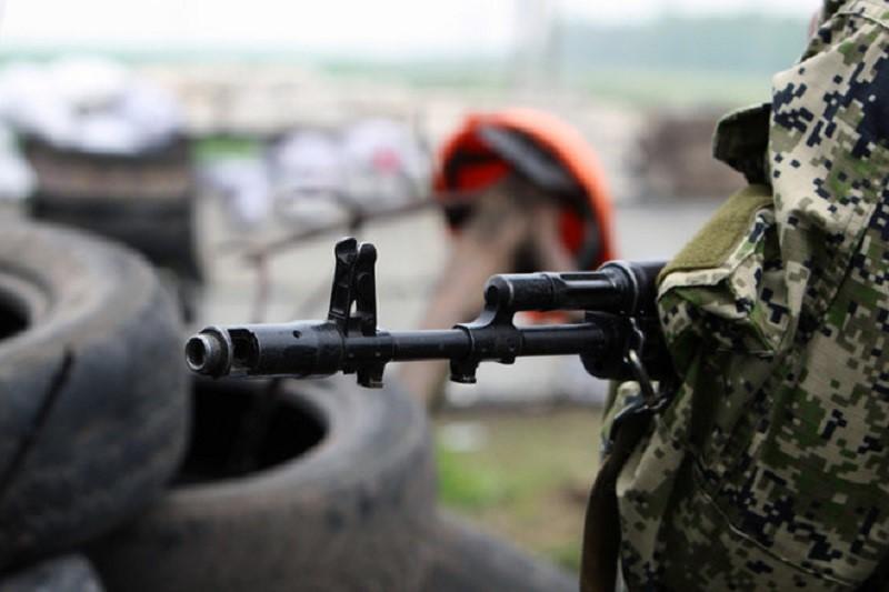 На Херсонщине военные расстреляли два авто