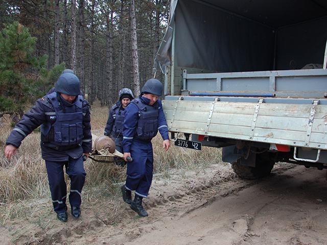 В Галицыновском лесу нашли 100-килограммовую авиабомбу