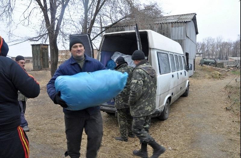 Наш ремонтный полк николаевцы тоже поддержали: на Восток отправилась увесистая «посылка» с нужными вещами