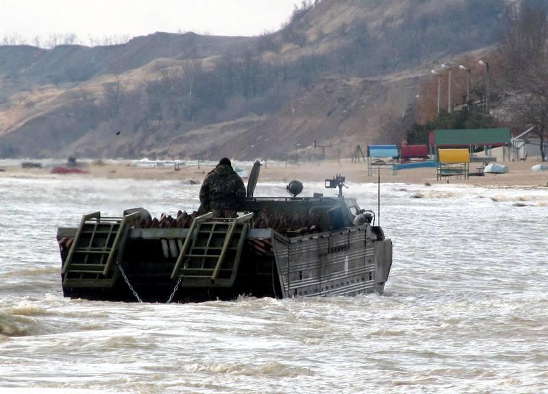 Последние события. Саперы минировали часть побережья Азовского моря
