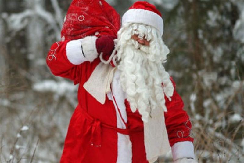 Дед Мороз и Снегурочка отправятся на передовую