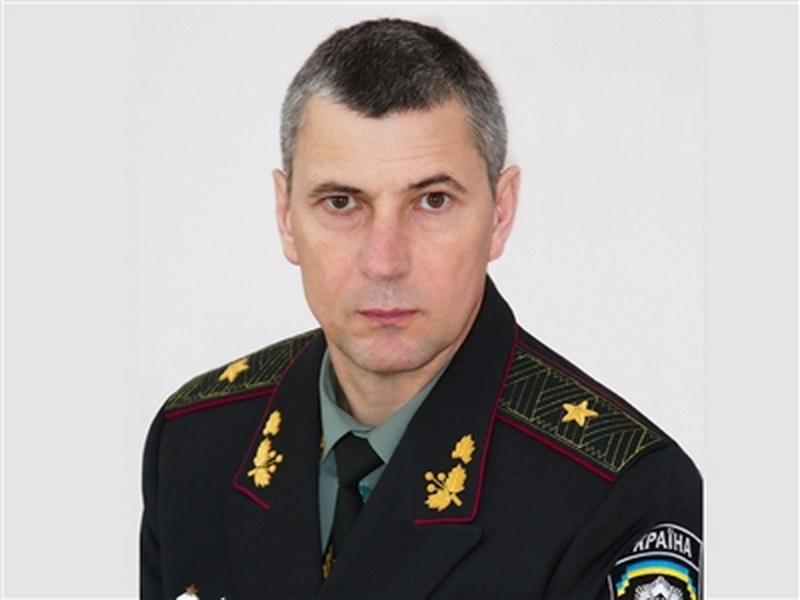 Боевиков для Донбасса готовит бывший командующий Внутренними войсками Украины