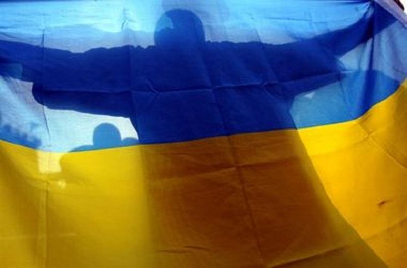 Николаев чтит традиции: бойцов 19 ТрО встретили овациями, цветами и плакатами