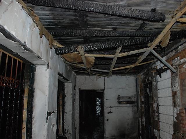 В дачном доме заживо сгорела женщина