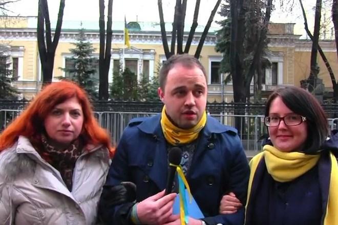 «Киборги», с Новым годом вас! – россияне записали  видеопоздравление украинцам