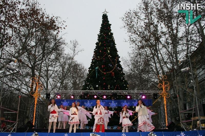 Как открывали главную городскую елку Николаева