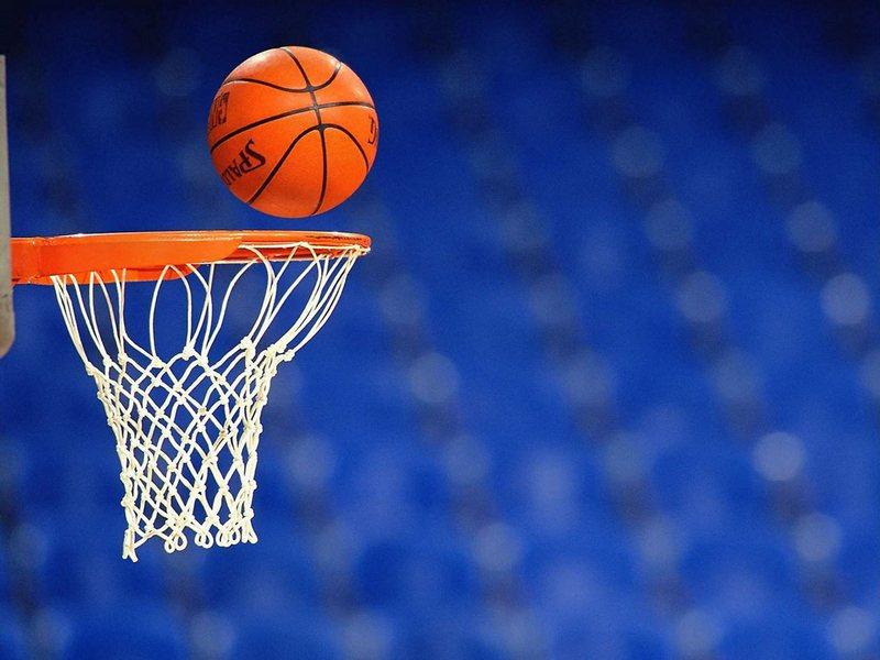 «Нико-Баскет» провел на этих выходных третий тур Высшей лиги на выезде в городе Мариуполь.