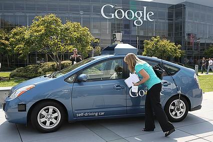 Без руля и без тормозов: Google доделали свой автомобиль-робот