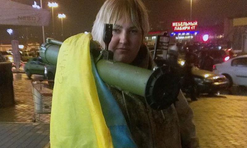 Харьковчанка ездила по городу с гранатометом. Милиция на тяжелое вооружение не реагировала