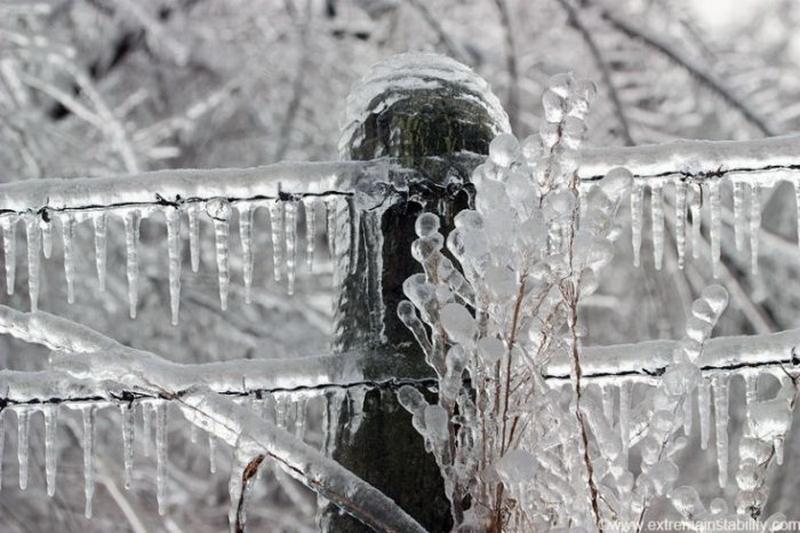За рубежом: Венгрию накрыло ледяным дождем