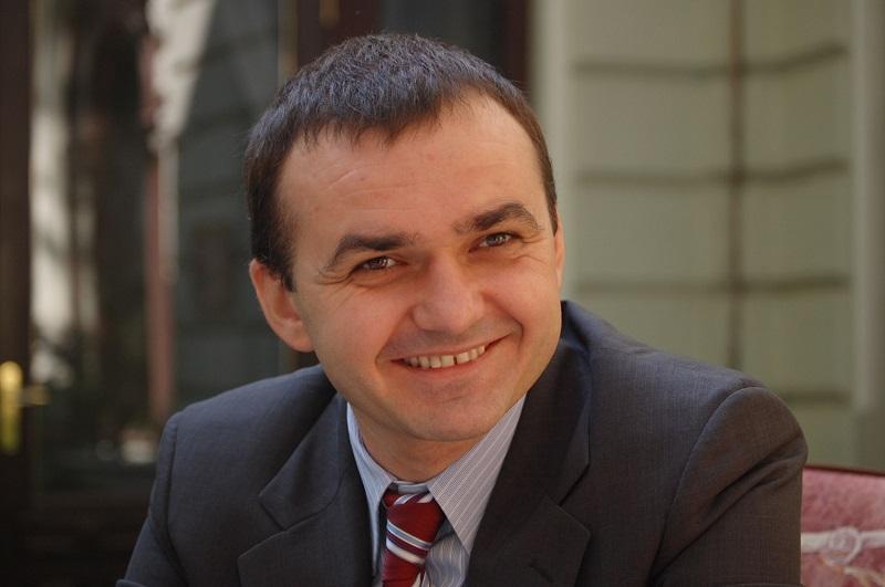 Вадим Мериков – в тройке самых высокооплачиваемых губернаторов Украины
