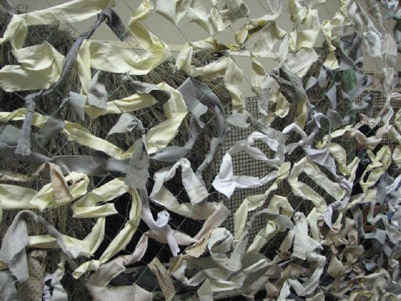 Дети помогают армии, как могут: в школе-интернате №4 плетут маскировочные сетки, а для морпехов в ВПУ пошьют масккостюмы