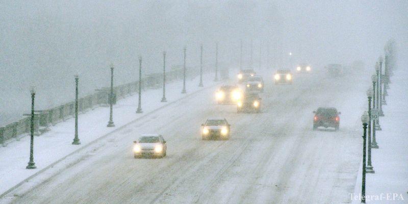 Сильные снегопады и ветер придут в Украину в начале недели, предупреждают синоптики