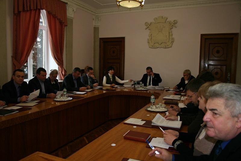 Исполком решил: с завтрашнего дня в Николаеве повышаются тарифы на проезд в маршрутках и троллейбусах