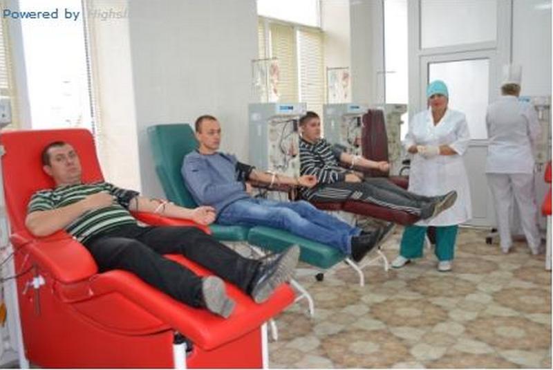 В Николаеве проходит трехдневная акция сдачи крови для раненых бойцов АТО