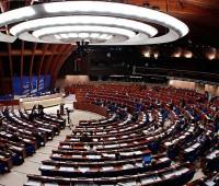 Делегация РФ не поедет на осеннюю сессию ПАСЕ, поскольку Франция не признает «Спутник V». Там отреагировали