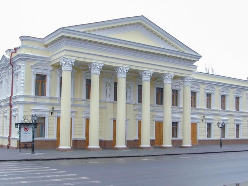 В Николаевском русском театре работают над «Скамейкой» по пьесе Александра Гельмана