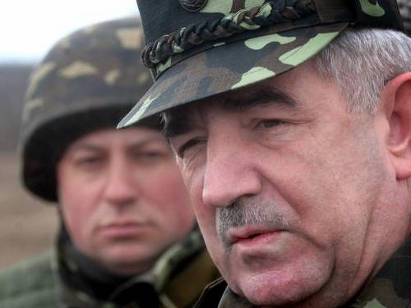 Петр Порошенко дал согласие на восстановление в должности люстрированного генерала Воробьева