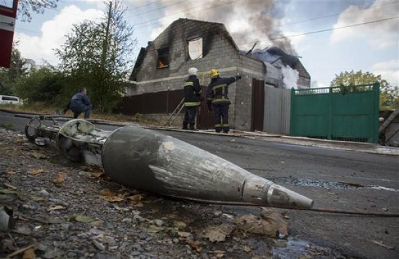 Обстрелами Дебальцево руководит женщина, бывший подполковник украинской милиции