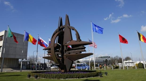 """НАТО начинает реализацию """"Плана действий повышенной готовности"""""""
