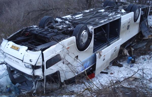 """В Белгородской области микроавтобус столкнулся с """"КамАЗом"""": погибли 11 украинцев"""