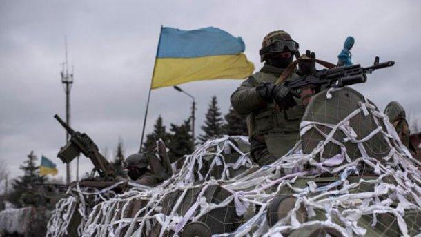 "Лысенко: ""Пока не прекратят огонь, тяжелую технику не отведем"""