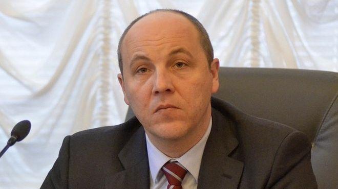 Парубий: Российские снайперы вели стрельбу и по активистам Евромайдана, и по «Беркуту»