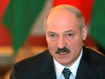 """""""Подносил снаряды"""". Лукашенко тоже не спал этой ночью"""