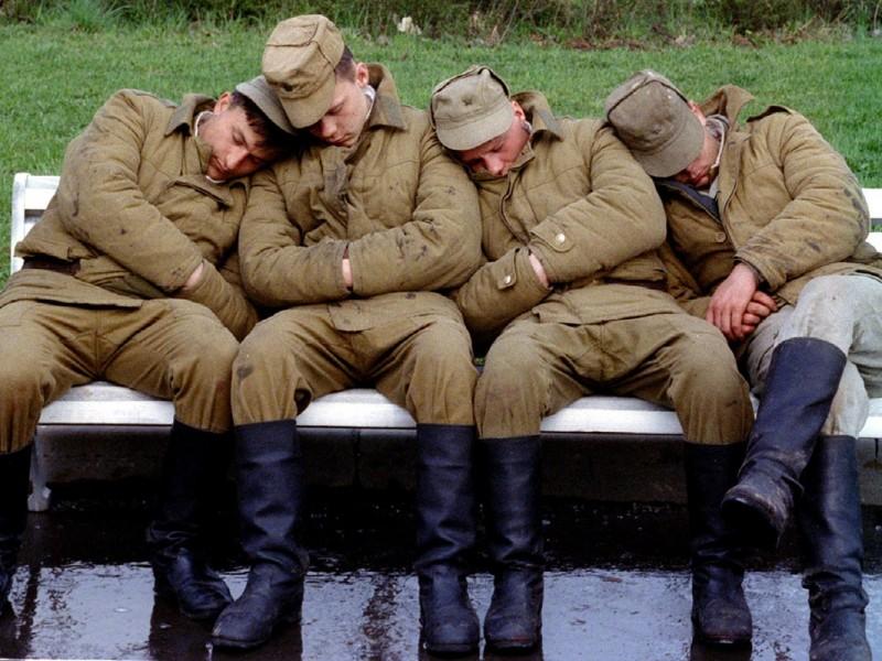 Оккупанты в Донбассе массово травятся неизвестным веществом
