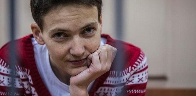 Надежду Савченко посетил священник