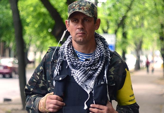 Александр Янцен зовет ополченцев на сессию, а депутатов, не признавших РФ агрессором, требует признать «национал-предателями»