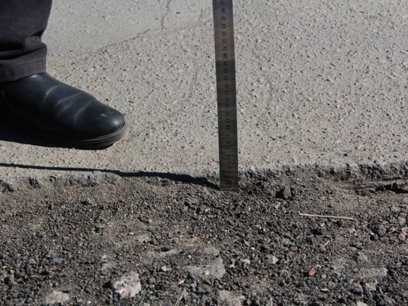 Ремонт дорог в Николаеве. Идиллия между дорожниками и общественными контролерами закончилась