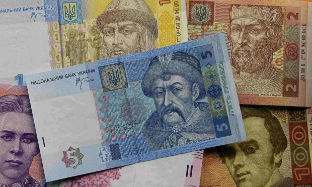 Николаевец заплатил 53 тыс.грн за свои же солнечные батареи, девушка не дождалась билетов в Египет, бабушка отдала деньги на счетчик