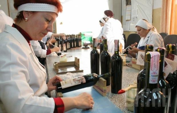 Против METRO могут ввести санкции за торговлю крымским вином в РФ