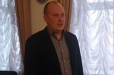 Днепропетровск остался без головы – горсовет отправил в отставку и.о. мэра Романенко