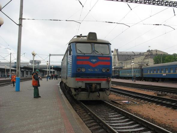 В Киеве судья бросился под поезд