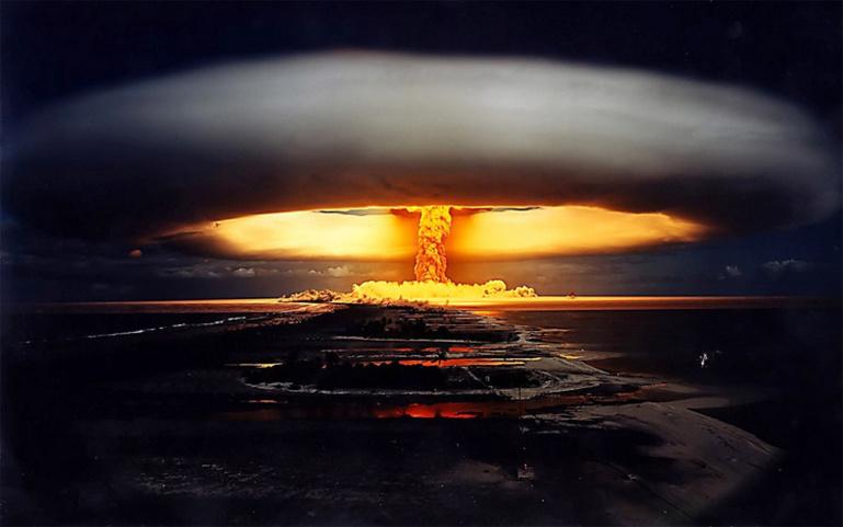 Эксперт: Украина для Европы – как Сомали, а сумасшедшая публика в России готова начать ядерную войну