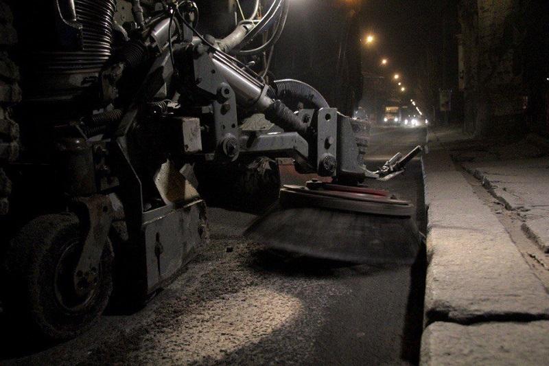 Юрий Гранатуров просит автолюбителей быть внимательными: дороги начали чистить от песка