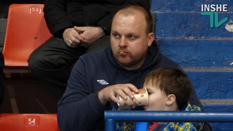 В стране АТО, но другие области не бросают футболистов – главный тренер МФК «Николаев»