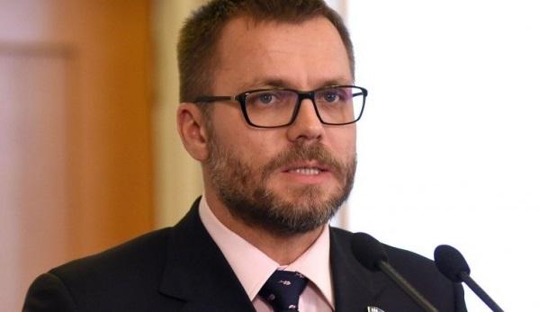 Нардеп Вадатурский предлагает сэкономить на возмещении НДС