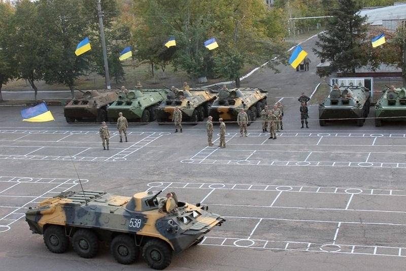 """БТРы для Нацгвардии. """"Укроборонпром"""" передал нацгвардейцам партию бронетранспортеров"""