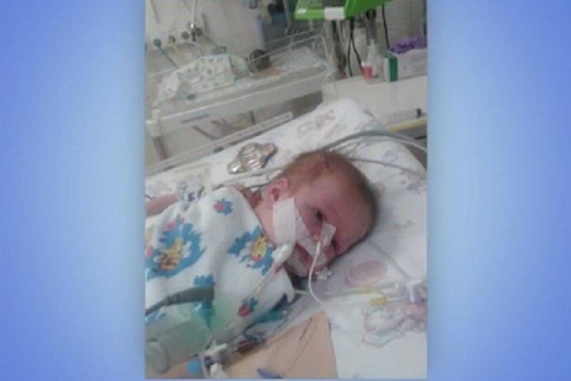 Совсем маленькой Диане Ефимовой нужна наша помощь для сложных операций на сердце
