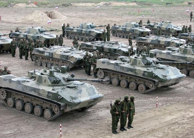 Кто из бывших министров обороны больше и дешевле продавал военную технику