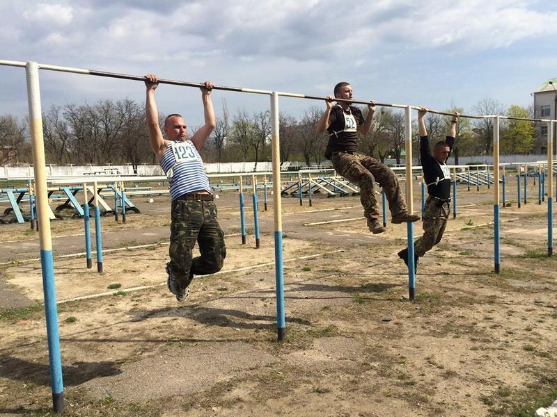 Они смогут правильно избавляться от приступов неконтролируемой агрессии: в 79-й бригаде конкурс в «Школу снайпера» – 2 человека на место
